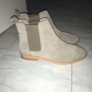 NEW ASOS Aura suede chelsea ankle boots